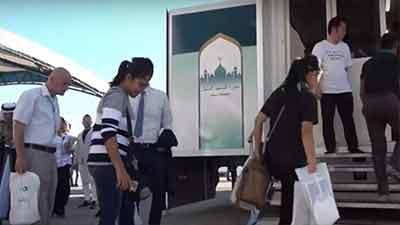অলিম্পিকের জন্য জাপানে ভ্রাম্যমাণ মসজিদ (ভিডিও)