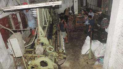 মুন্সীগঞ্জে দুই লাখ মিটার কারেন্ট জাল জব্দ