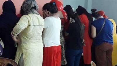 রাতে গুলশানে স্পা সেন্টার থেকে ২৮ নারী-পুরুষ গ্রেফতার
