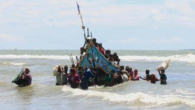 রোহিঙ্গাবাহী নৌকা ডুবি, ৮ জনের লাশ উদ্ধার