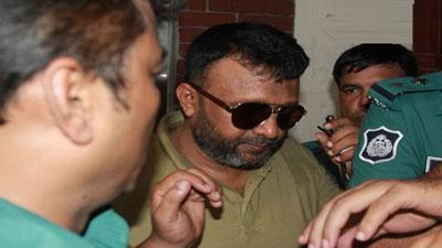 আদালতে কান্নায় ভেঙে পড়লে ওসি মোয়াজ্জেম