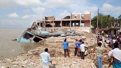 নড়িয়ার ভাঙনরোধে 'বরাদ্দ' ১২শ' কোটি টাকা