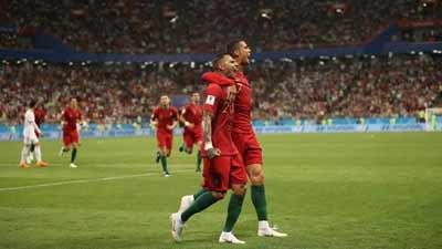 প্রথমার্ধে ইরানের বিপক্ষে ১-০ গোলে এগিয়ে পর্তুগাল
