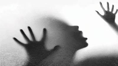 শিশুকে ধর্ষণের চেষ্টা: চেয়ারম্যান ব্যস্ত মীমাংসায়