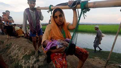 অনাহারে অসুস্থ হয়ে পড়ছে পালংখালির রোহিঙ্গারা