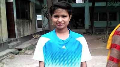 কলসিন্দুরের কিশোরী ফুটবলার সাবিনা আর নেই