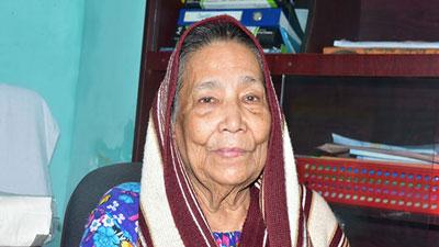 জীবন কাটল লন্ডনে, এখন ঢাকার বৃদ্ধাশ্রমে