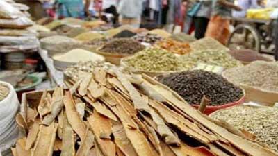 গরম মশলার বাজারে কোরবানির হাওয়া