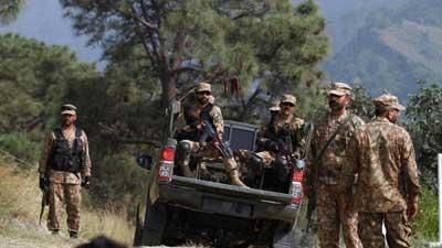 কাশ্মীরে পাকিস্তানের গুলিতে কর্মকর্তাসহ ৬ ভারতীয় সেনা নিহত