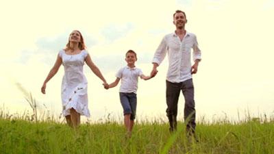 সন্তানের সাফল্যের জন্য বাবা-মায়ের করণীয়