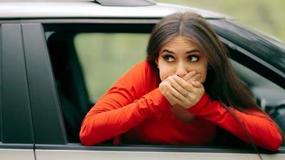 গাড়িতে চড়লে বমি ভাব? জেনে নিন সহজ সমাধান
