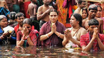 লাঙ্গলবন্দে স্নানোৎসবে পুণ্যার্থীদের ঢল