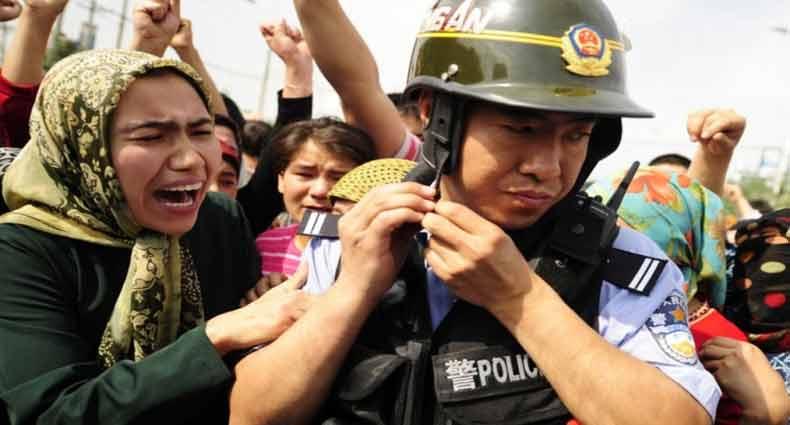 মুসলিম নিধনের ঘটনায় চীন-মার্কিন উত্তেজনা